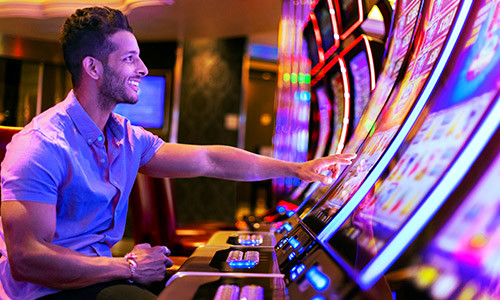 Gaming Thrills At Casino Royale